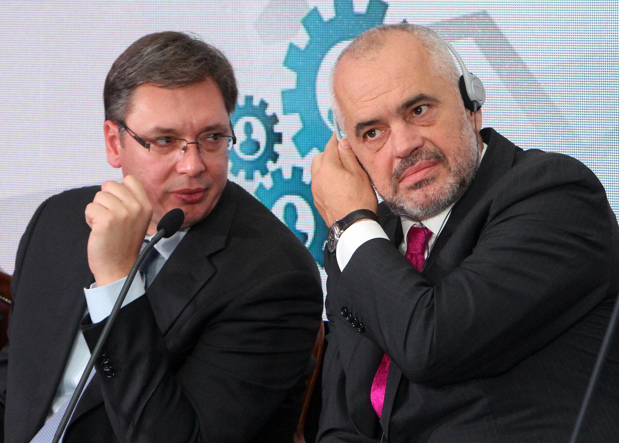 Rama dhe Vuçiç me strategji të njëjtë propagande për koronavirusin