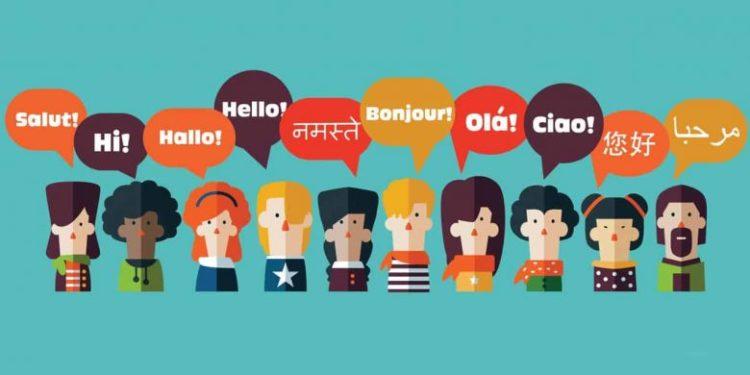 Google Assistent me përditësimin që mundëson përkthim në kohë reale