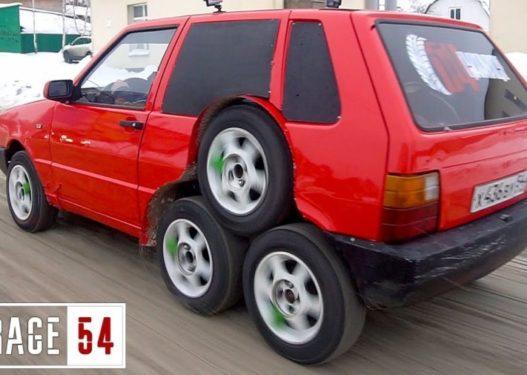 Mjeshtrat krijojnë Fiat Uno me 8 rrota
