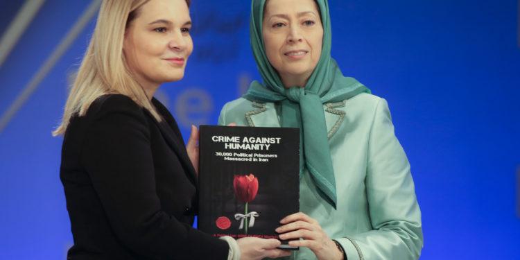 Monika Kryemadhi, takim me Presidenten e Këshillit të Rezistencës së Iranit