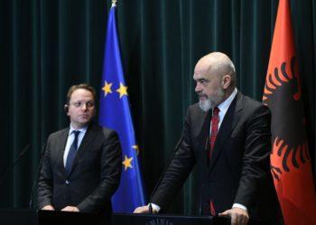 Komisioneri i Zgjerimit të BE-së: Shpërblim 28 mln euro për punët e arritura nga Shqipëria