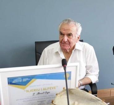 Presidenti Meta: Mirënjohje për veprën e Prof. Ahmet Osja