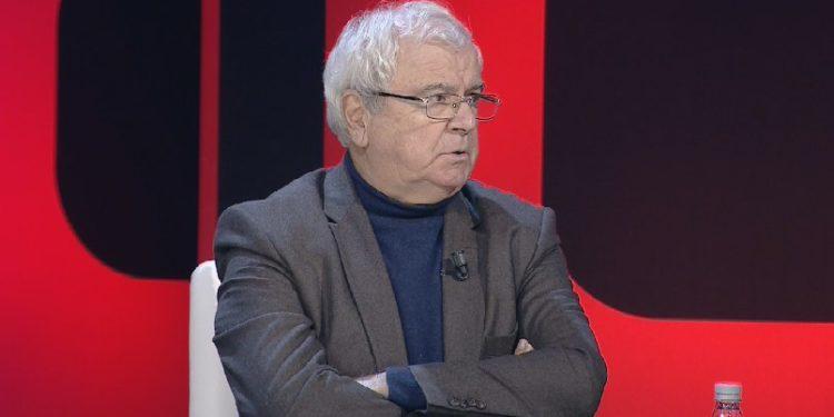 Marrëveshja me Greqinë, Spartak Ngjela: Tradhtarët po negociojnë pa hequr ligjin e luftës