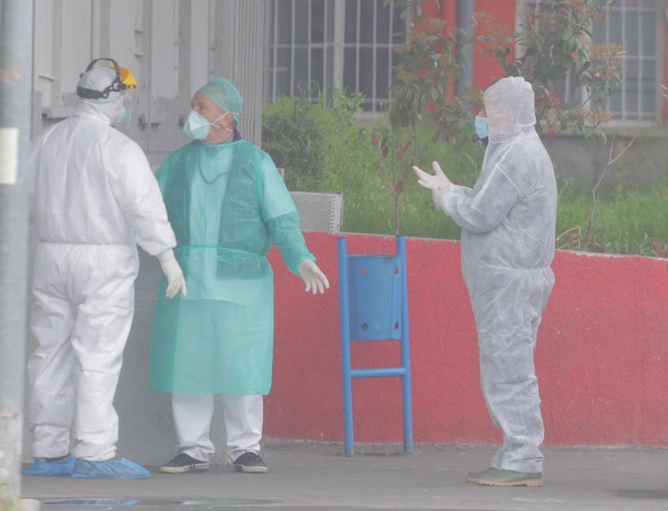 Shkon në 12 numri i të prekurve nga COVID 19 në Elbasan  e infektuar dhe gruaja e pronarit të restorantit