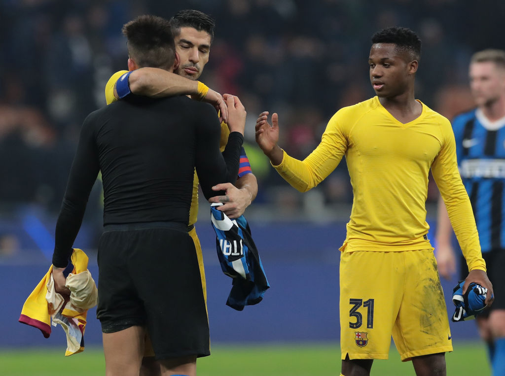 Suarez  tremb  Interin  I lumtur që Barcelona kërkon të blejë Lautaron