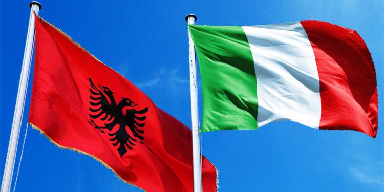 Shqiptarët, komuniteti i dytë më i madh në Itali